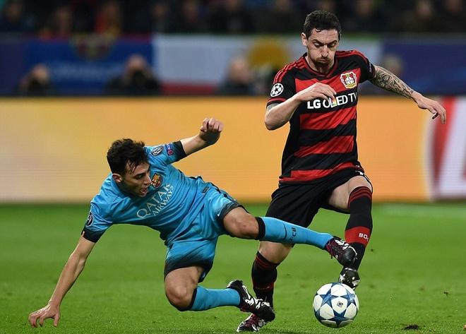Messi ghi ban, Barca van khong thang Leverkusen hinh anh 10