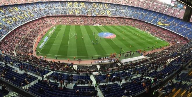 Dan 2 ban, Barca van de Deportivo cam hoa tai Nou Camp hinh anh 9
