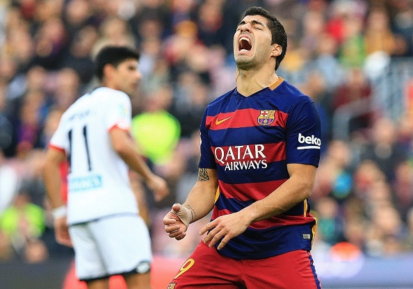 Dan 2 ban, Barca van de Deportivo cam hoa tai Nou Camp hinh anh