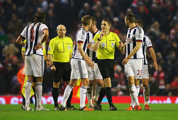 Liverpool 2-2 West Brom: The Kop thoat thua phut 90+6 hinh anh 16