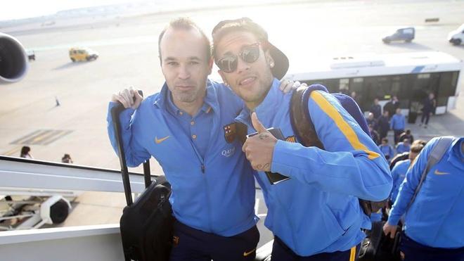 Hang nghin fan chao don Messi, Suarez, Neymar den Nhat Ban hinh anh 1