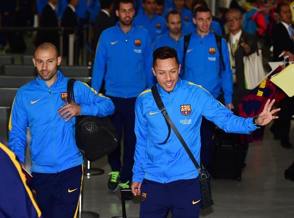 Hang nghin fan chao don Messi, Suarez, Neymar den Nhat Ban hinh anh 11