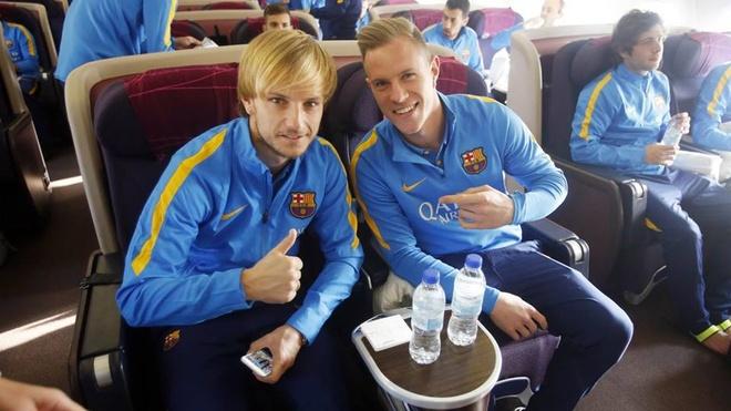 Hang nghin fan chao don Messi, Suarez, Neymar den Nhat Ban hinh anh 4