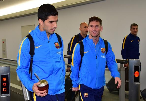 Hang nghin fan chao don Messi, Suarez, Neymar den Nhat Ban hinh anh 5
