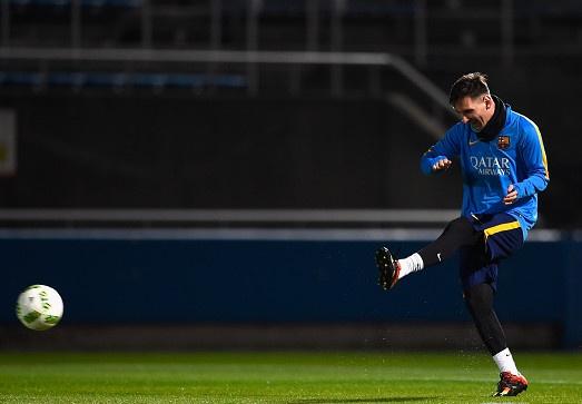 Messi ghi ban dang cap tren san tap FIFA Club World Cup hinh anh