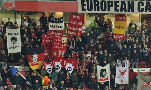 Doi thu tai Europa League loi dung MU de kiem tien hinh anh 1