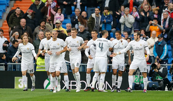 Real Madrid 10-2 Rayo Vallecano: BBC ghi 9 ban hinh anh 11