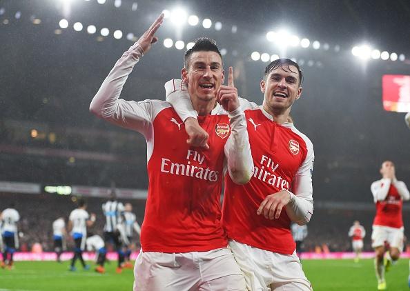 Arsenal 1-0 Newcastle: Phao thu xay chac ngoi dau hinh anh