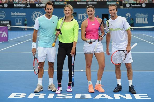 Federer chat vat thi dau cung chiec vot khong lo hinh anh 2