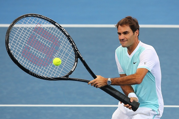 Federer chat vat thi dau cung chiec vot khong lo hinh anh 3