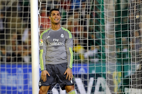Ronaldo va dong doi kem duyen, Real dut mach thang hinh anh 10