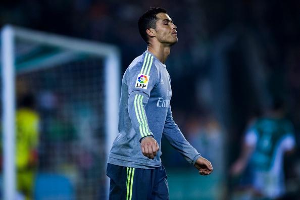 Ronaldo va dong doi kem duyen, Real dut mach thang hinh anh 5