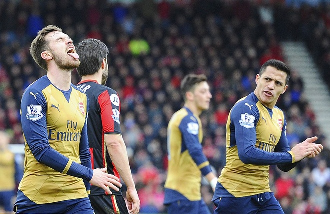 Ha Bournemouth 2-0, Arsenal tro lai duong dua vo dich hinh anh 10