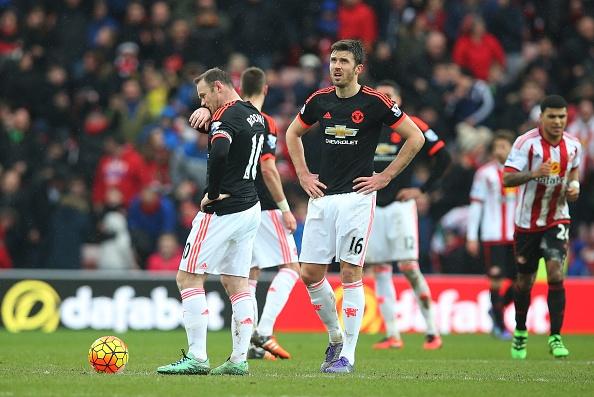 Sunderland 2-1 MU: Quy do dut mach bat bai hinh anh 1