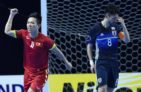 Thang Nhat Ban, futsal Viet Nam doat ve du World Cup hinh anh