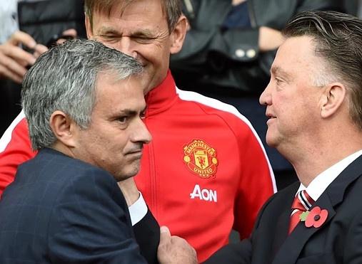 Mourinho quyet khong de MU dat mui hinh anh 1