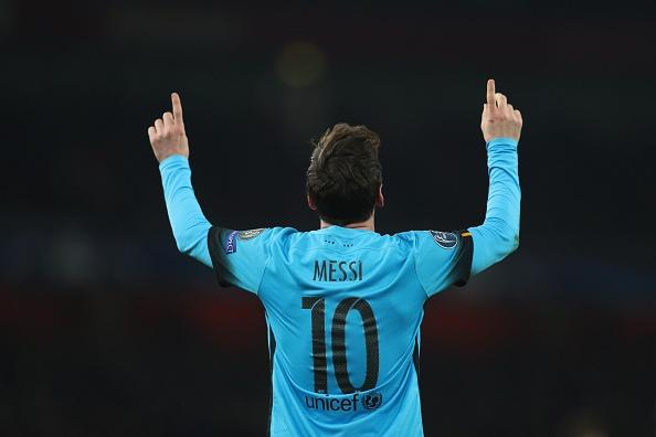 Messi pha dop Petr Cech, giup Barca dat mot chan vao tu ket hinh anh 2