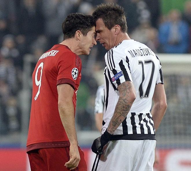 Dan truoc 2 ban, Bayern van de Juve cam hoa 2-2 hinh anh 13