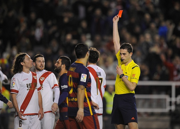 Messi lap hat-trick, Barca vuot ky luc bat bai cua Real hinh anh 12