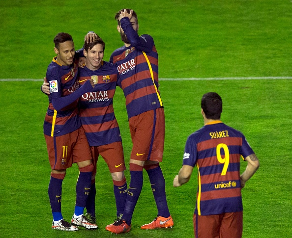 Messi lap hat-trick, Barca vuot ky luc bat bai cua Real hinh anh 5