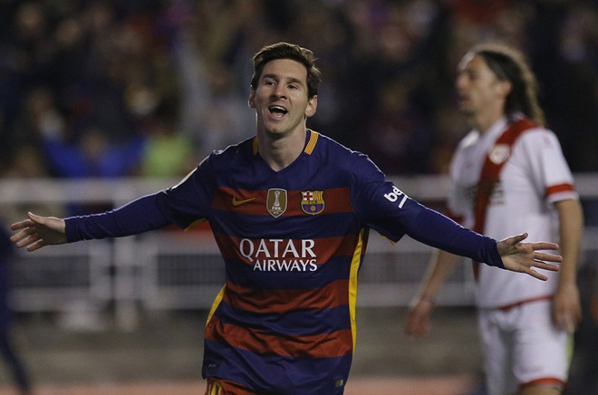 Messi lap hat-trick, Barca vuot ky luc bat bai cua Real hinh anh 7