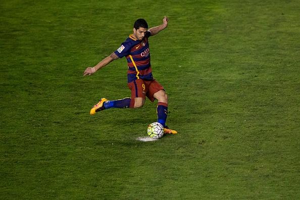 Messi lap hat-trick, Barca vuot ky luc bat bai cua Real hinh anh 9