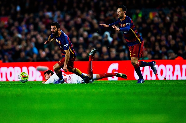 Messi lap hat-trick, Barca vuot ky luc bat bai cua Real hinh anh 10