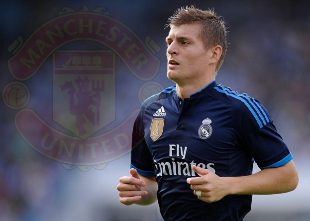 Mourinho muon don Kroos ve MU hinh anh