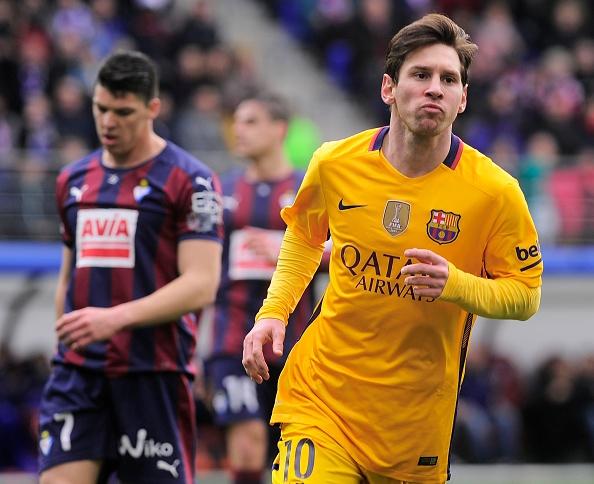Messi lap cu dup, Barca noi dai ky luc hinh anh 1