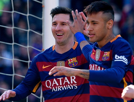 Messi da hong phat den, Barcelona van thang 6-0 hinh anh