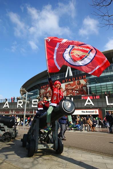 Bi loai khoi FA Cup, Arsenal doi mat mua giai trang tay hinh anh 11