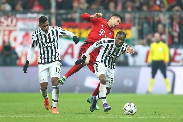 Bayern 4-2 Juventus: Hum Xam nguoc dong kich tinh hinh anh 11
