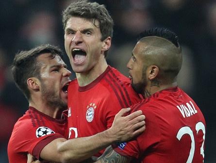 Bayern vao tu ket sau cu thoat hiem ngoan muc truoc Juventus hinh anh