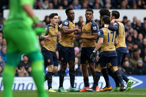 Welbeck lap cong, Arsenal danh bai Everton 2-0 hinh anh 18