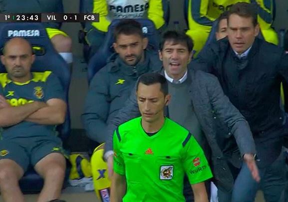 Barcelona dut mach thang du dan truoc 2 ban hinh anh 11