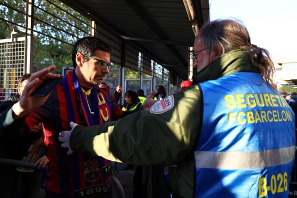 Ramos nhan the do, Real van nguoc dong thang Barca 2-1 hinh anh 12