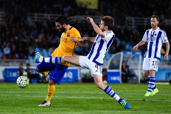 Barca thua Sociedad, co hoi mo ra cho Real, Atletico hinh anh 5