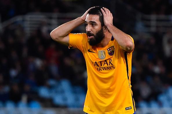 Barca thua Sociedad, co hoi mo ra cho Real, Atletico hinh anh 6