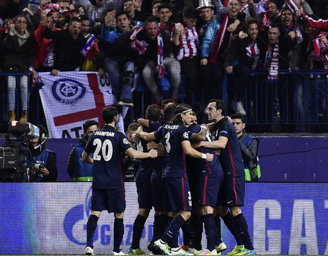 Atletico 2-0 Barcelona: Barca chinh thuc thanh cuu vuong hinh anh 15