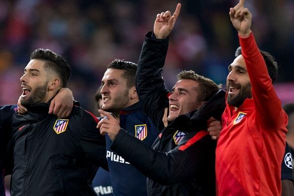 Barca guc nga truoc loi nguyen Champions League hinh anh 2