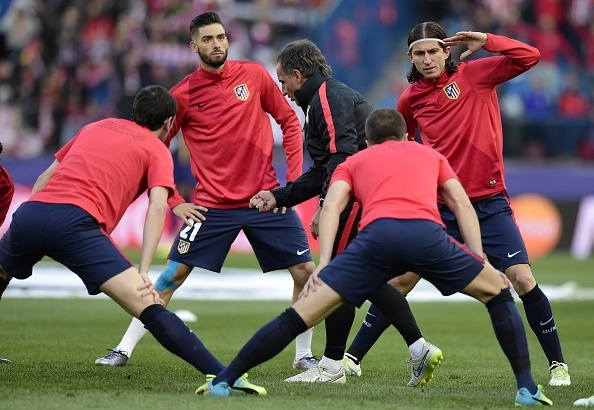 Atletico 2-0 Barcelona: Barca chinh thuc thanh cuu vuong hinh anh 8