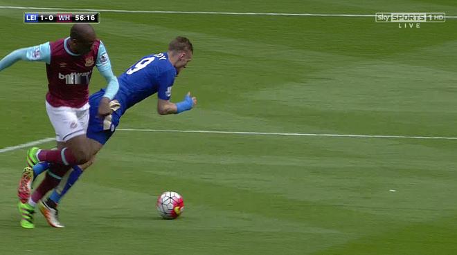 Vardy ghi ban va bi the do, Leicester hoa kich tinh West Ham hinh anh 18
