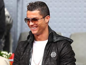 Ronaldo du khan tran dau giua Nadal va tay vot dong huong hinh anh