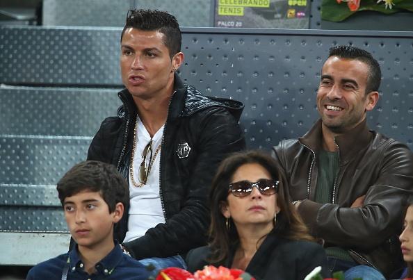 Ronaldo du khan tran dau giua Nadal va tay vot dong huong hinh anh 6