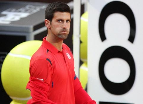 Djokovic tai dau Nadal du thua 0-6 o set dau hinh anh