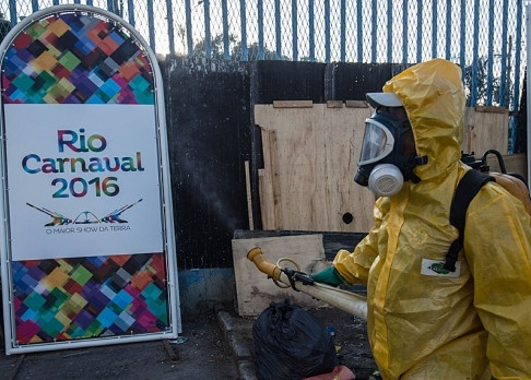 Nen hoan Olympic Rio 2016 vi virus Zika hinh anh