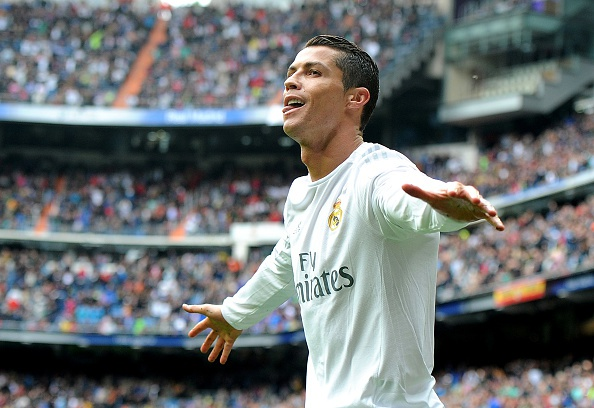 Ronaldo pha ky luc trong ngay Real vo hut chuc vo dich hinh anh