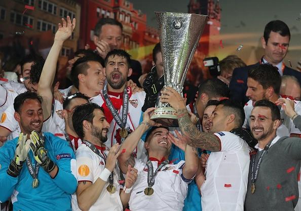 Liverpool vs Sevilla (1-3): The Kop bi bo qua 3 qua phat den hinh anh 1