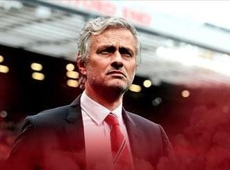 Mourinho chua the hoan tat hop dong voi MU hinh anh