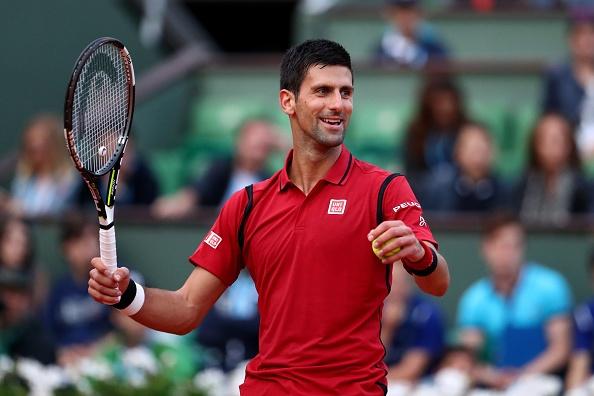 Djokovic nhe nhang vao vong 4 Roland Garros hinh anh 1